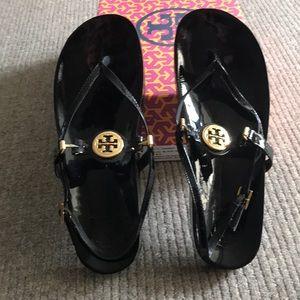 Tory Burch Huxley Black patent sandals sz 9.5